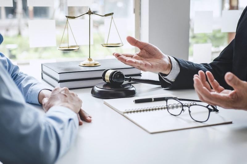 Consulter avocat